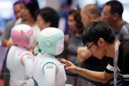 Bùng nổ robot có tính năng đặc biệt tại Trung Quốc