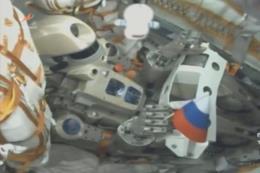 Robot đầu tiên trên không gian của Nga