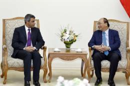 Thủ tướng Nguyễn Xuân Phúc tiếp Bộ trưởng Dầu mỏ kiêm Điện lực và Nước Kuwait