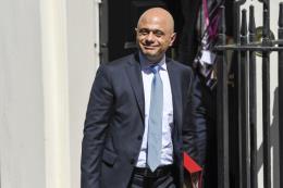 Bộ Tài chính Anh tuyên bố chấm dứt chính sách