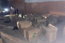 Tạm giữ nhóm đối tượng vận chuyển trái phép gần 35.000 bao thuốc lá lậu