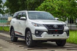 Bảng giá xe ô tô Toyota tháng 10/2019, ưu đãi đến 64 triệu đồng