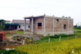 Ngang nhiên xây nhà trái phép trên đất nông nghiệp