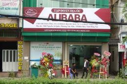 Phạt 15 triệu đồng, buộc tháo dỡ biển hiệu trái phép của CTCP địa ốc Alibaba