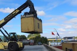 Khai trương tuyến vận tải thủy từ nội địa Pháp đến Việt Nam