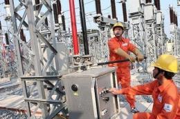 Không để thiếu điện khu vực sản xuất nước sạch tại Hà Nội sau sự cố nước sông Đà