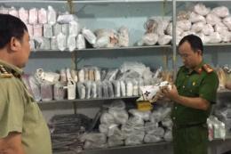 Bình Dương tạm giữ số lượng lớn túi xách nghi giả nhãn hiệu nổi tiếng
