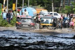 Lũ lụt hoành hành Ấn Độ, hàng chục người thiệt mạng