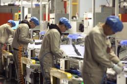 Lợi nhuận của 10 tập đoàn hàng đầu Hàn Quốc sụt giảm hơn 50%