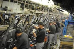 Ngành sản xuất ô tô toàn cầu có thể bị thua lỗ tới 765 tỷ USD