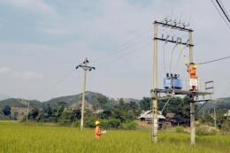 Vượt qua khó khăn, Điện miền Bắc tiếp tục tăng trưởng
