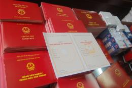 Cán bộ Văn phòng Tỉnh ủy Đắk Lắk sử dụng bằng tốt nghiệp THPT không hợp pháp
