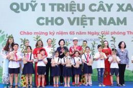 Vinamilk  trồng hơn 60.000 cây xanh và trao 119.000 ly sữa cho trẻ em Hà Nội