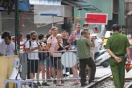 Hà Nội: Không để khu vực phố cà phê đường tàu tái hoạt động