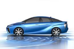 """Toyota dự kiến sớm trình làng phiên bản xe """"xanh"""" mới"""