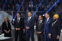 Canada: Các điểm bầu cử sớm đã mở