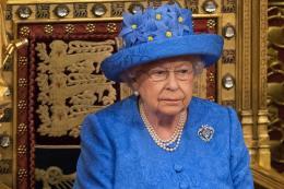 Nữ hoàng Anh trình bày các chính sách của Chính phủ tại Quốc hội