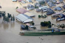 Siêu bão Hagibis: Thủ tướng Nhật Bản chỉ đạo huy động tối đa hỗ trợ người dân thiệt hại