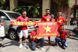 Vòng loại World Cup 2022: CĐV Việt Nam tiếp sức cho đội tuyển