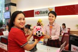 Nhiều ưu đãi cho khách hàng gửi tiết kiệm đồng hành cùng giải Futsal HDBank