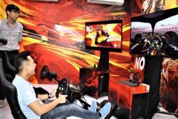 VinFast dùng công nghệ thực tế ảo để khách tham quan nhà máy ô tô