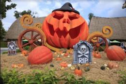 """Choáng với """"siêu bảo tàng"""" bí ngô của Vinpearl trong mùa Halloween"""