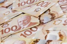Canada giữ nguyên lãi suất chủ chốt