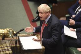 Thủ tướng Anh thất vọng khi Brexit không diễn ra đúng thời hạn