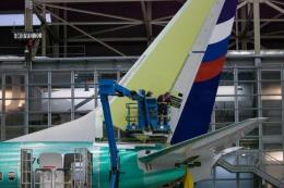 """""""Vận đen"""" tiếp tục đeo bám Boeing"""