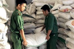 Thu giữ lượng lớn bia, đường cát nhập lậu từ Campuchia về Việt Nam