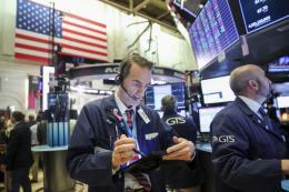 Chứng khoán Mỹ đi lên khi nhà đầu tư chờ thỏa thuận thương mại Mỹ-Trung