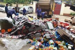 Tiêu hủy nhiều đồ chơi trẻ em, thực phẩm không đủ điều kiện lưu thông