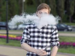 Mỹ lên kế hoạch giới hạn tuổi sử dụng thuốc lá điện tử