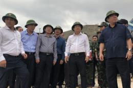 Phó Thủ tướng Trịnh Đình Dũng: Đảm bảo an toàn tính mạng cho người dân là trên hết