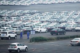 Thị trường ô tô Trung Quốc tiếp tục đà đi xuống năm thứ hai liên tiếp