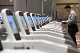 Singapore áp dụng trí tuệ nhân tạo ở tất cả các cửa khẩu xuất nhập cảnh