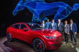 Ford bước vào kỷ nguyên xe điện với mẫu Mustang Mach-E SUV