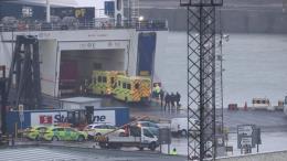 Phát hiện 16 người nhập cư trong container đóng kín tới Ireland