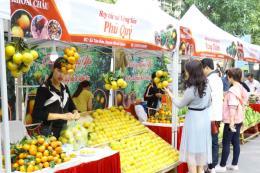 Phiên chợ cam Hưng Yên hút khách