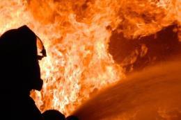 Cháy lớn thiêu rụi nhà xưởng May Nhà Bè tại Sóc Trăng