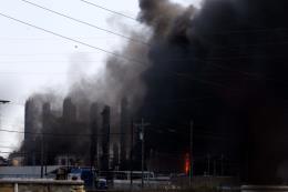 Nổ nhà máy hóa chất ở bang Texas, Mỹ: Sơ tán khẩn cấp 60.000 người