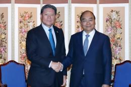 Thủ tướng Nguyễn Xuân Phúc tọa đàm với các nhà đầu tư hàng đầu Hàn Quốc
