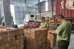 Tạm giữ 1.100 bình chữa cháy giả mạo nguồn gốc xuất xứ
