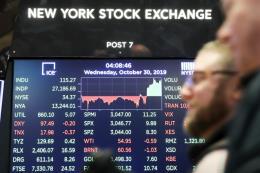 Chứng khoán Mỹ giảm mạnh do lo ngại căng thăng thương mại toàn cầu gia tăng