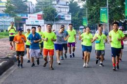 """PVFCCo chạy bộ để gây quỹ từ thiện """"Ngàn tấm bánh, Vạn nghĩa tình"""""""