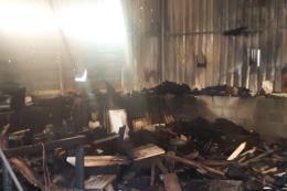 Đà Nẵng: Cháy lớn tại xưởng gỗ bên cạnh kho gas