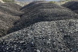 Thêm 3.000 tấn than không rõ nguồn gốc bị tạm giữ