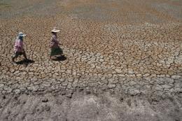 Hiện tượng thời tiết cực đoan sẽ làm tăng 20% thiệt hại kinh tế toàn cầu
