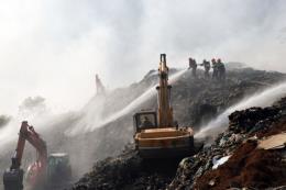 Lâm Đồng huy động lực lượng chuyên nghiệp xử lý đám cháy bãi rác Cam Ly