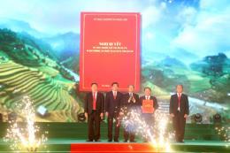 Công bố Nghị quyết thành lập thị xã Sa Pa, tỉnh Lào Cai